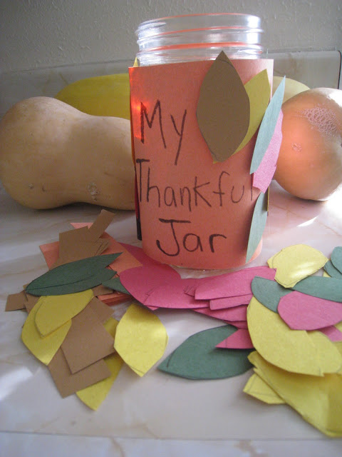 Thankful jar craft by TeachBesideMe.com