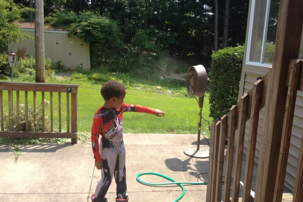 Testing Out The NewAir AF-520 Outdoor Misting Fan!