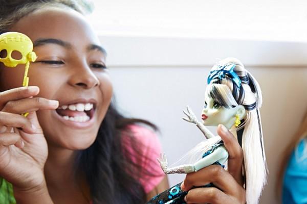 Monster High Dolls Make Christmas Come Alive
